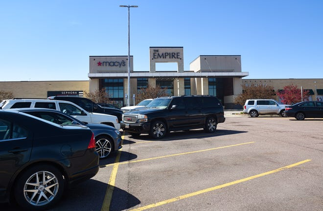 The drive-through vaccine site will be at the Empire Mall parking lot in Sioux Falls near JCPenney.