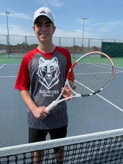 Tuloso-Midway tennis player Kyle Villalon signed to play tennis at Sul Ross State University.