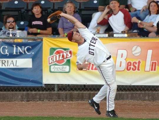 Jeff Goldbach helped lift the Evansville Otters to their first Frontier League title in 2006
