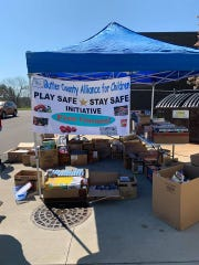 The Butler County Alliance for Children has been handing out free games as part of its Play Safe, Stay Safe initiative.