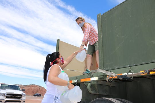 Laura Montoya teams up with Operation Bandanna New Mexico to deliver supplies to a Navajo Nation community.