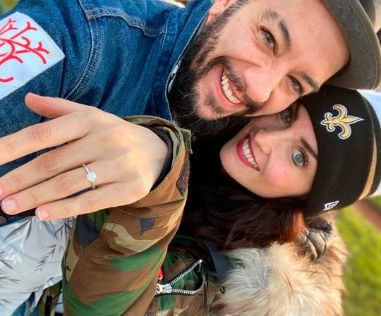 Fotografía cedida por Lifetime que muestra al presentador y actor mexicano Faisy y su prometida, la bailarina española Iratxe Beorlegui.