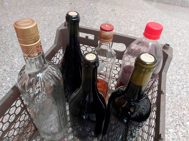 Botellas de bebidas alcohólicas.