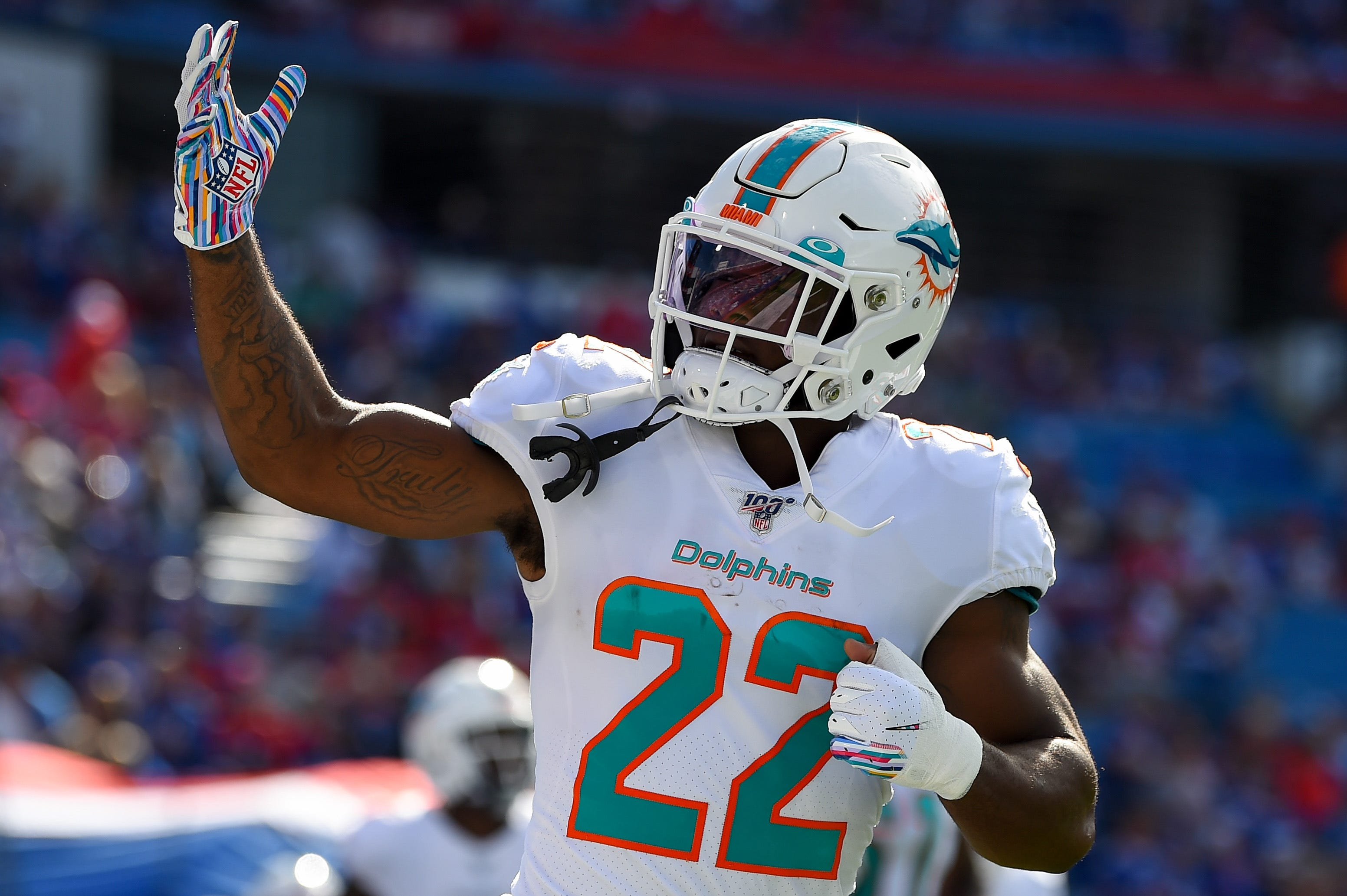 Mark Walton: Ex-Miami Dolphins RB has battery charges dropped