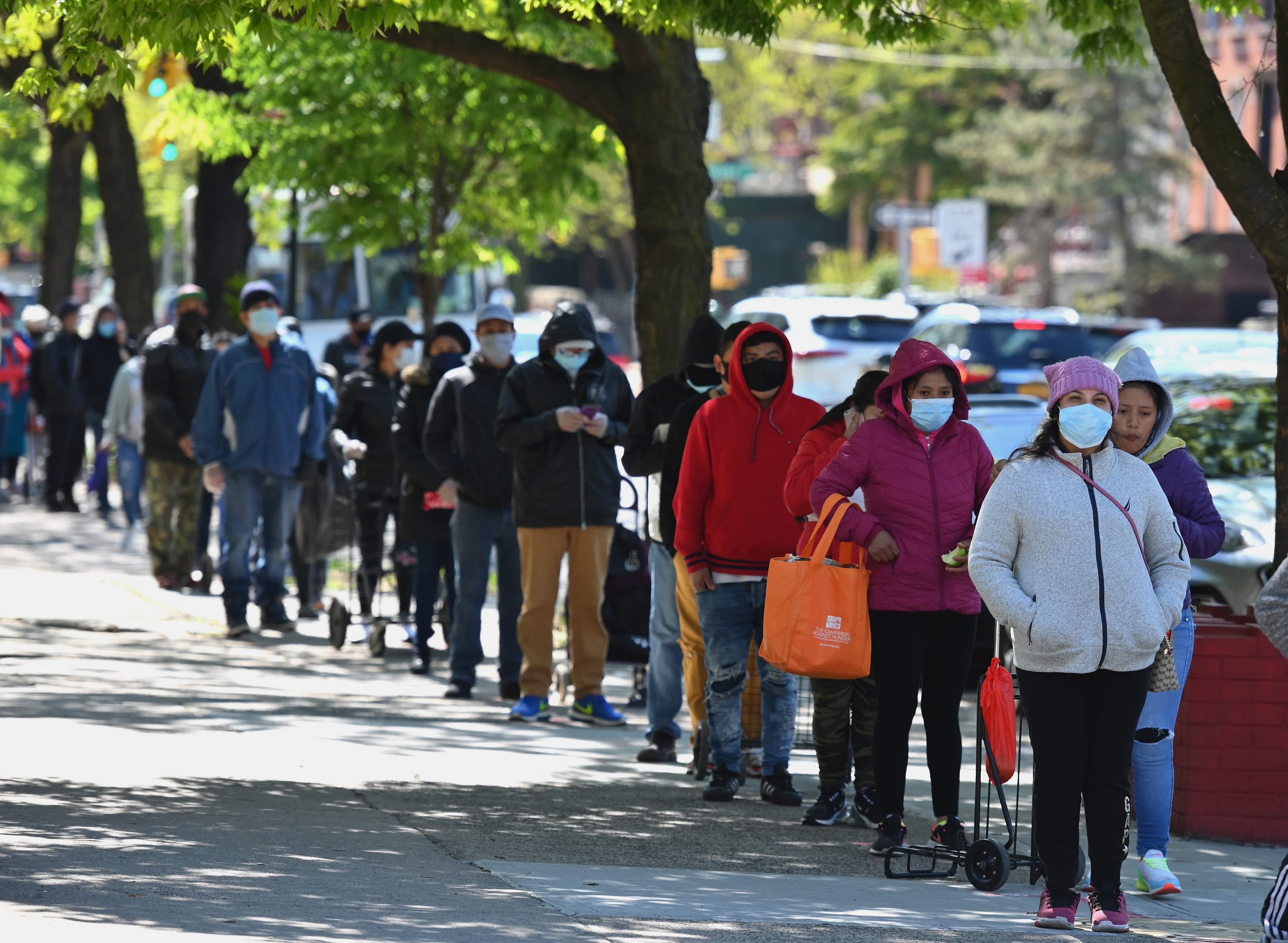 Coronavirus live updates: Court strikes down Wisconsin stay-at-home order, Matt Damon s daughter had virus  early on  and recovered
