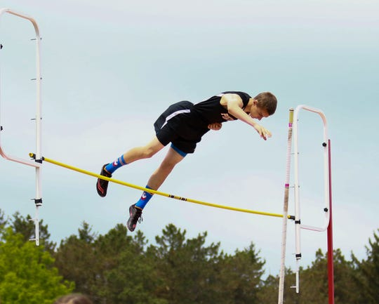 Jake Loria of Pinckney qualified for the state meet in the pole vault in 2019.
