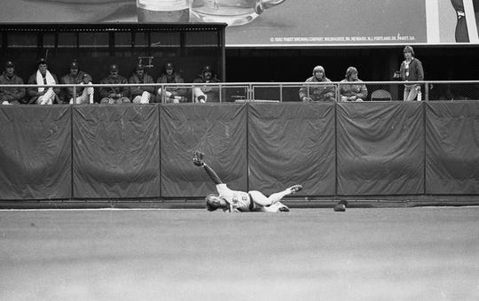 Charlie Moore dived to catch Lonnie Smith's liner in fifth inning of Game 5 of the 1982 World Series on Oct. 18, 1982.