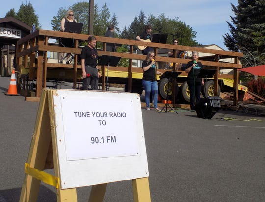 A drive-in worship service at Sylvan Way Baptist Church in Bremerton.