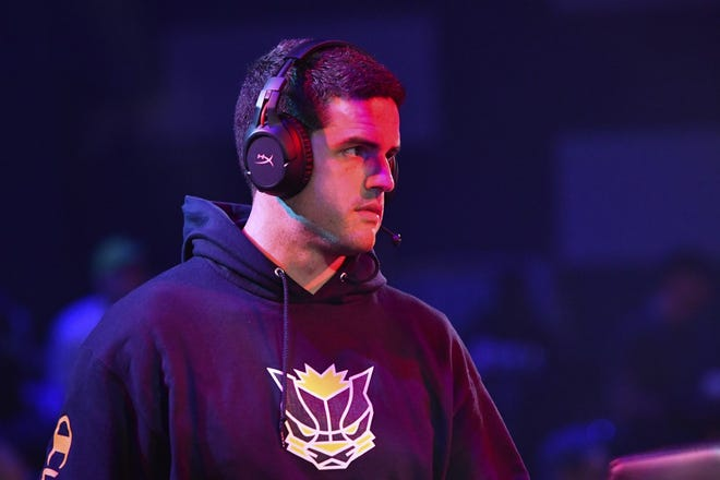 Cody Parrent overlooks Pacers Gaming during a NBA 2K League event. Parrent is the Senior Director of Esports Operations for the Pacers and a Reitz graduate.
