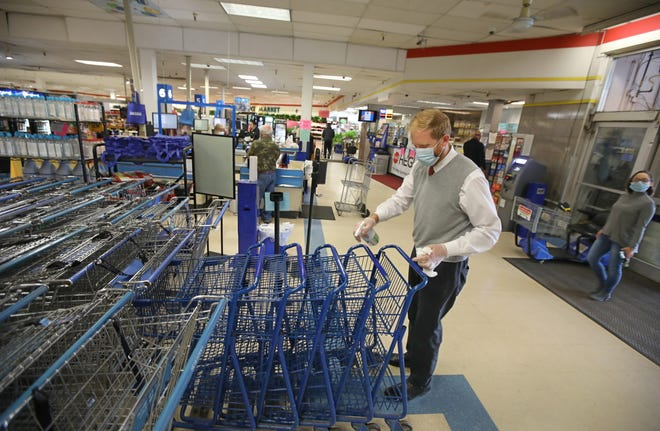 Jon Gonzalez, manager of Hegedorn's Market in Webster, says what grocers learned during the initial months of the coronavirus pandemic should prepare them for an uncertain winter.