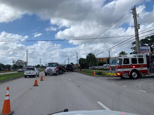 Crash in Jensen Beach leaves people seriously injured