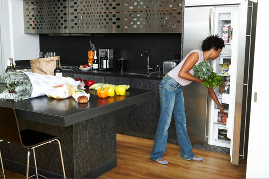 Plan out your meals at the beginning of the day to avoid choosing unhealthy choices due to indecision