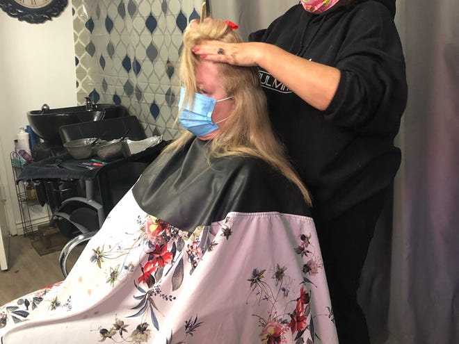 Coronavirus Barbers And Hair Stylists Defy Stay At Home Orders