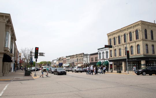 Downtown Lake Geneva is bustling the first weekend after the Wisconsin Supreme Court overturned Gov. Tony Evers' safer-at-home order.