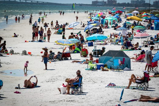 Fort Myers Beach Will Implement Mask Requirement Keep Beaches
