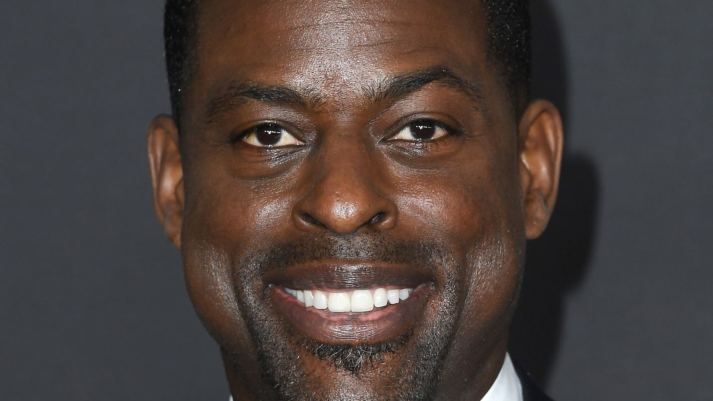 'Friends' to be reimagined with all-Black cast featuring Uzo Aduba, Sterling K. Brown thumbnail