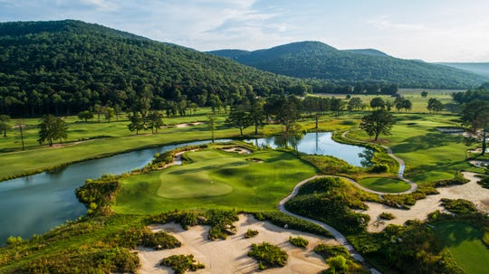 Sweetens Cove Golf Course is a 9-hole course nestled in the hills of South Pittsburg, Tennessee.