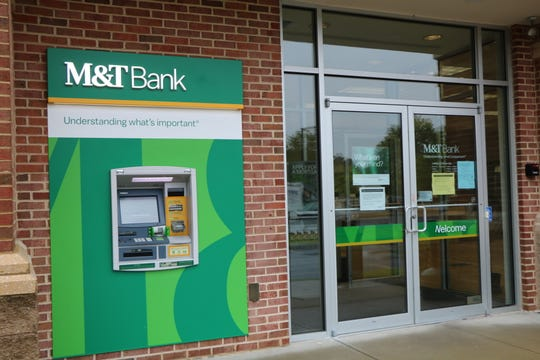 The front entrance and ATM of the M&T Bank location in Ocean Pines along Route 589 on May 18, 2020.
