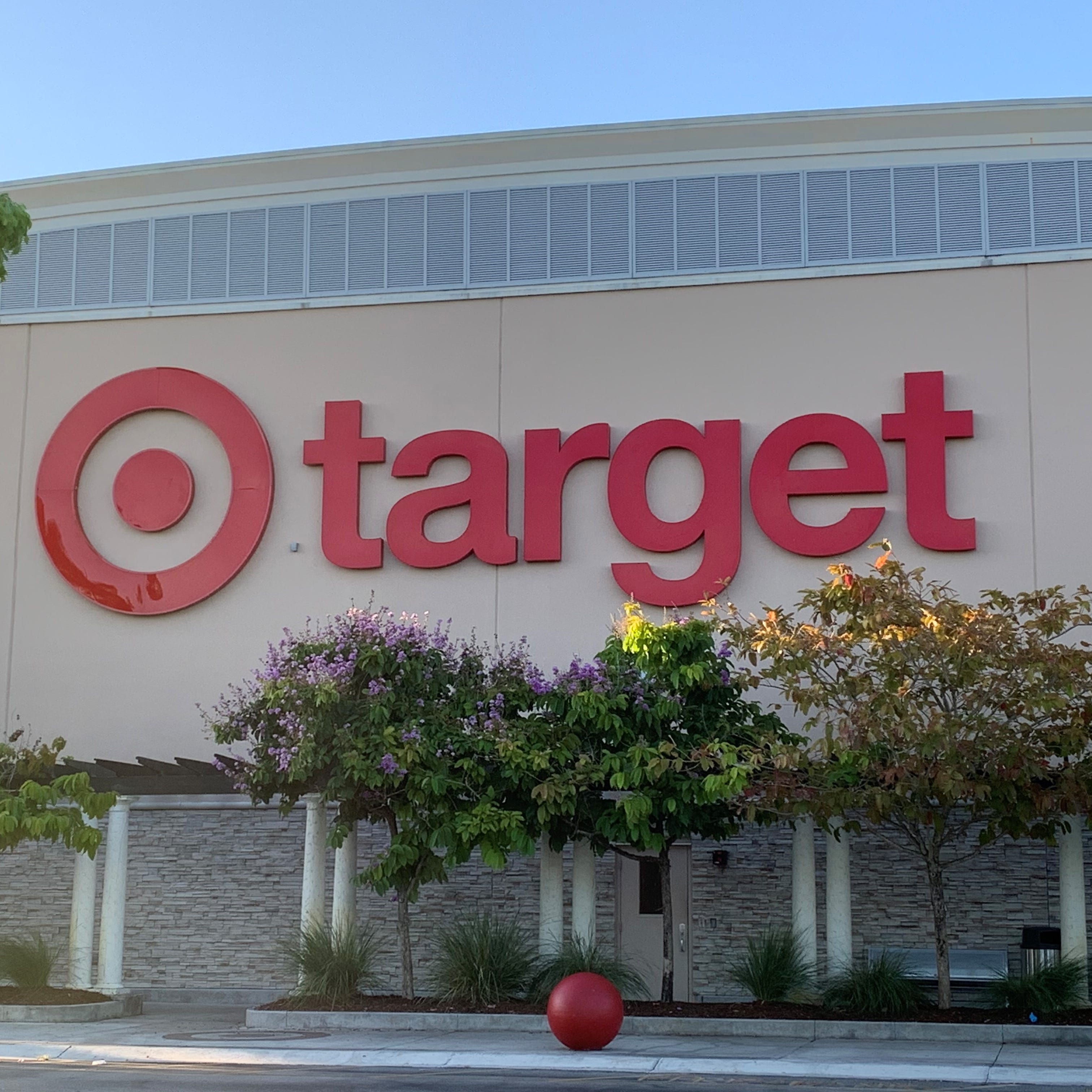 Target Store Hours Most Locations Expand Hours Now Close At 10 P M