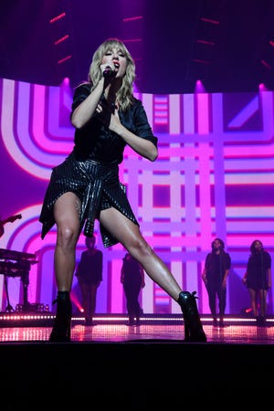 """Taylor Swift showed some footwork during her """"City of Lover Concert"""" at L'Olympia in Paris on Sept. 9, 2019."""