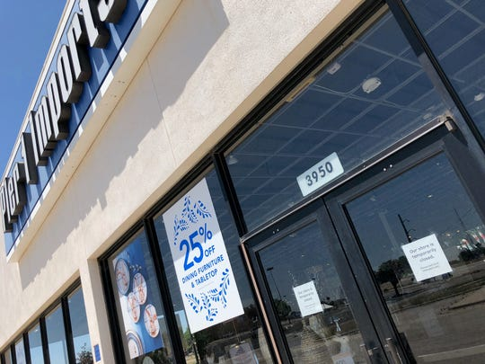 A sign on the door of the The Pier 1 Imports store in Abilene on Tuesday, May 19, 2020, says the store is closed.