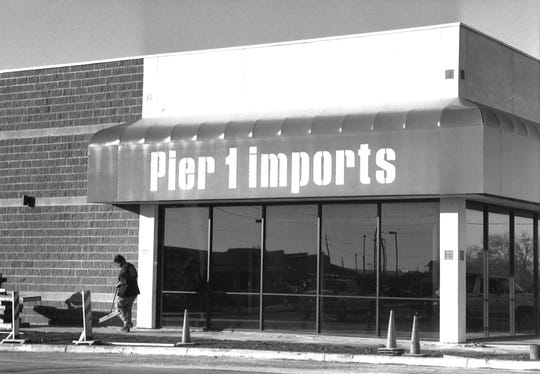The Pier 1 Imports store at 3950 S. Clack St. under construction.