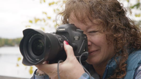 Photographer Shelly Huske featured on Discover Wisconsin Minocqua episode.