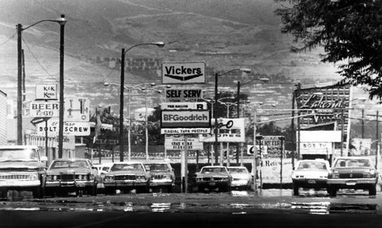 Aug. 1, 1982: Traffic rumbles down Alameda Avenue near Lakeside Shopping Center in the Lower Valley during the hot hours of the day.