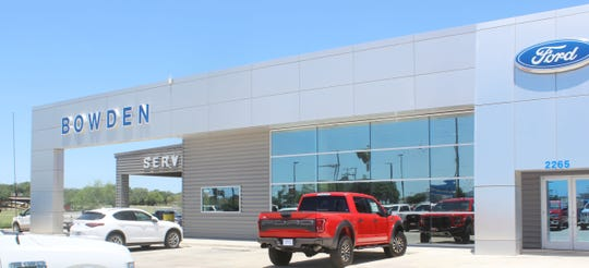 A view of Bowden Ford Co. in Alice on Wednesday, May 18, 2020. The dealership is among the South Texas businesses that have adapted to serve customers during the coronavirus pandemic.