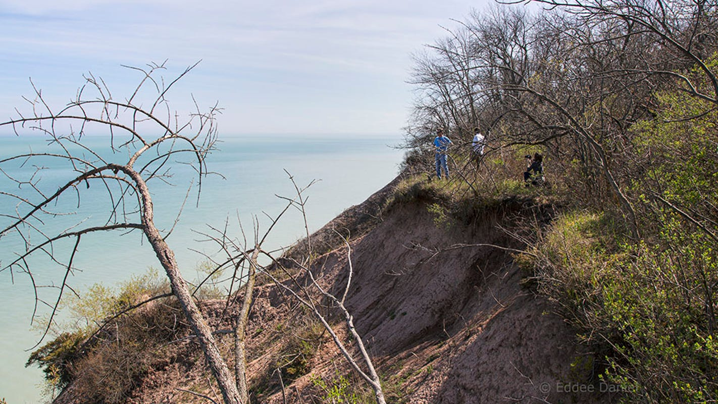 A fundraising campaign could lead to a 131-acre natural recreation area along Lake Michigan's shoreline in Port Washington