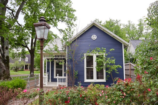 Shannon Lents purchased the home at 308 Stewart St. in Franklin, known as the Rose Water Cottage, without seeing it in person.