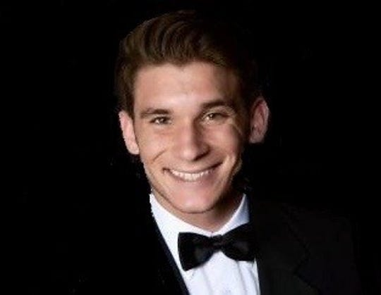 Justin Mattia, Gulf Coast High School Winged Foot Scholar-Athlete Award finalist.