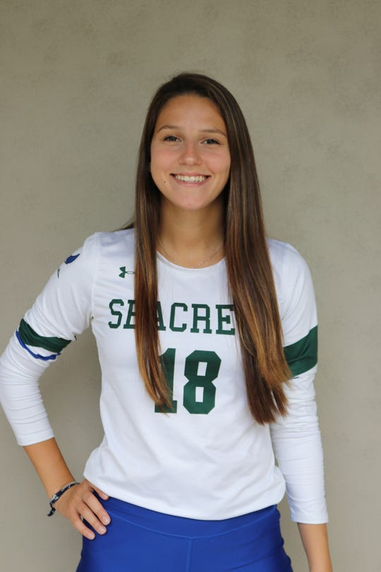 Isabella Garcia, Seacrest Country Day Winged Foot Scholar-Athlete Award finalist.