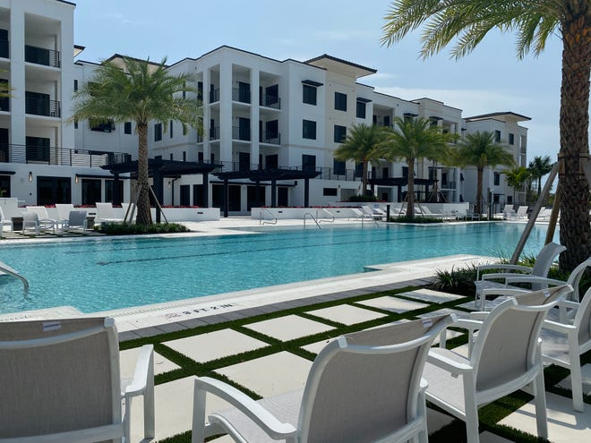 Residents at Ronto Group's Eleven Eleven Central community will enjoy a courtyard amenity deck that features a 3,500 square-foot resort style pool with a beach entry and 90-foot lap lanes.