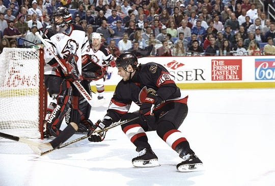 Steve Shields stood tall in place of injured Dominik Hasek as the Sabres defeated the Senators in the 1997 Stanley Cup playoffs.