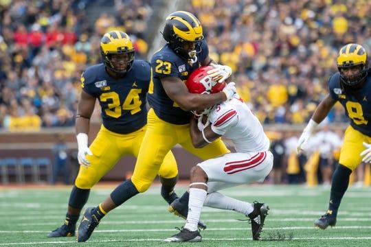 Michigan linebacker Michael Barrett could be the team's starting viper next season, replacing Khaleke Hudson.