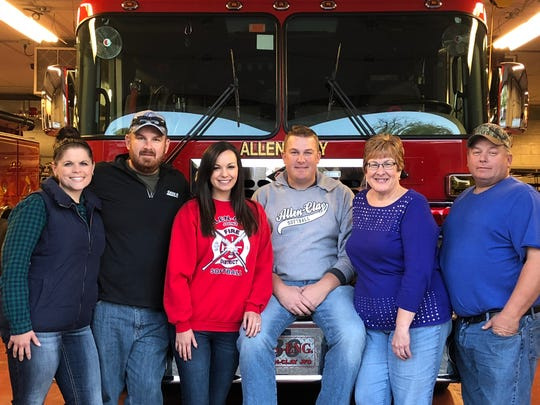 Ryan Gargas, center, is joined by sister-in-law, Lyndsy Gargas, brother Chad, wife Samantha, mom Lisa and dad Rich.