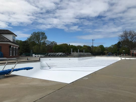 The unfilled swimming pool at Pier Park in Grosse Pointe Farms on May 21, 2020.