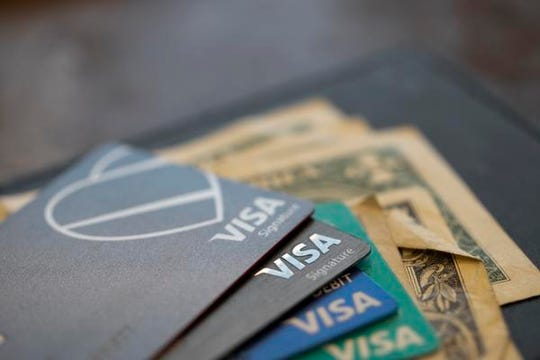 Business credit cards can offer key advantages to gig workers.