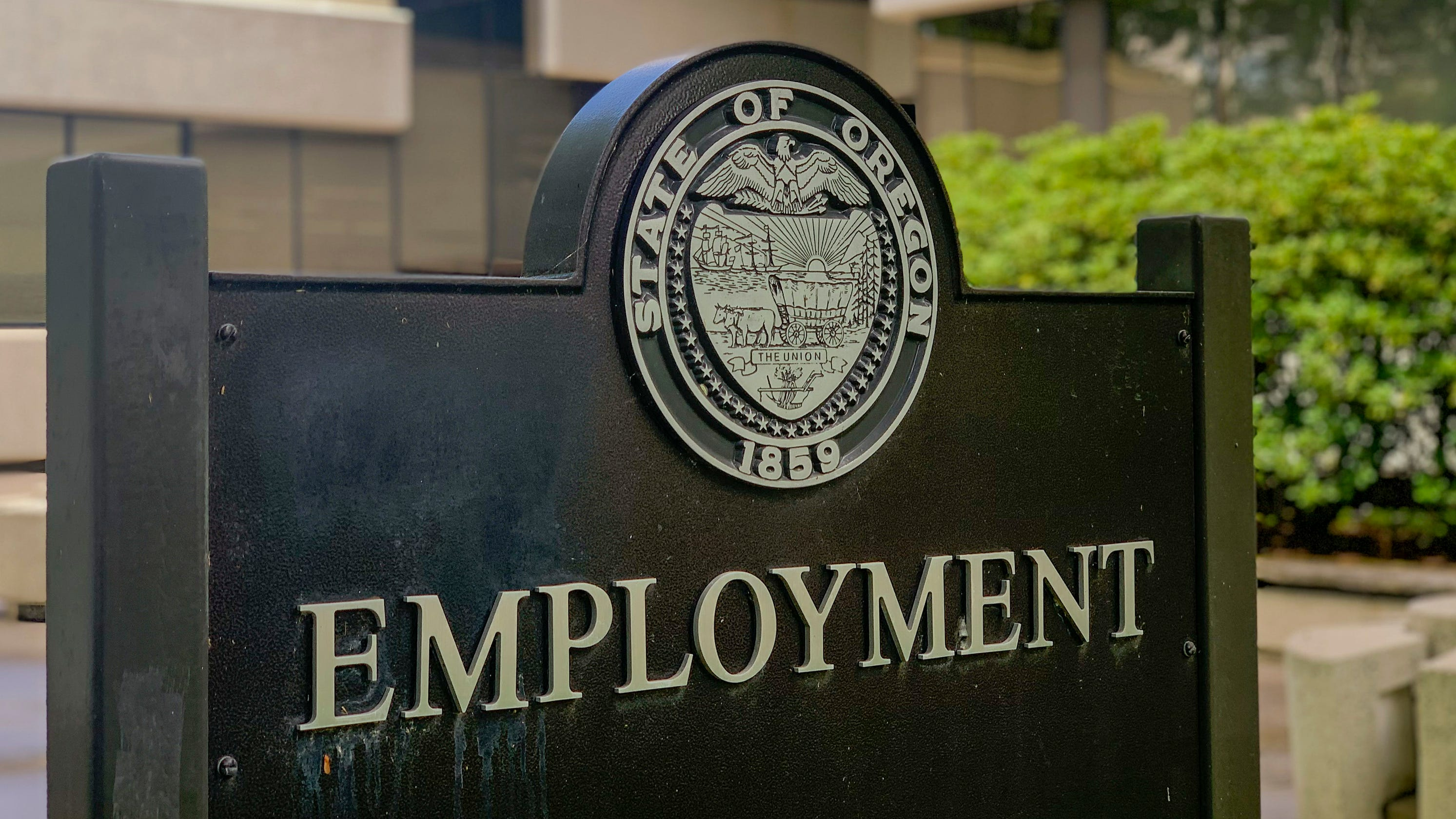 With stay home orders reinstated, Oregon could see second wave of unemployment claims