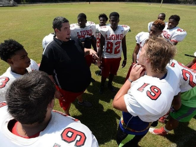 Plain Dealing football coach James Thurman is headed to Red River to be a co-coordinator.
