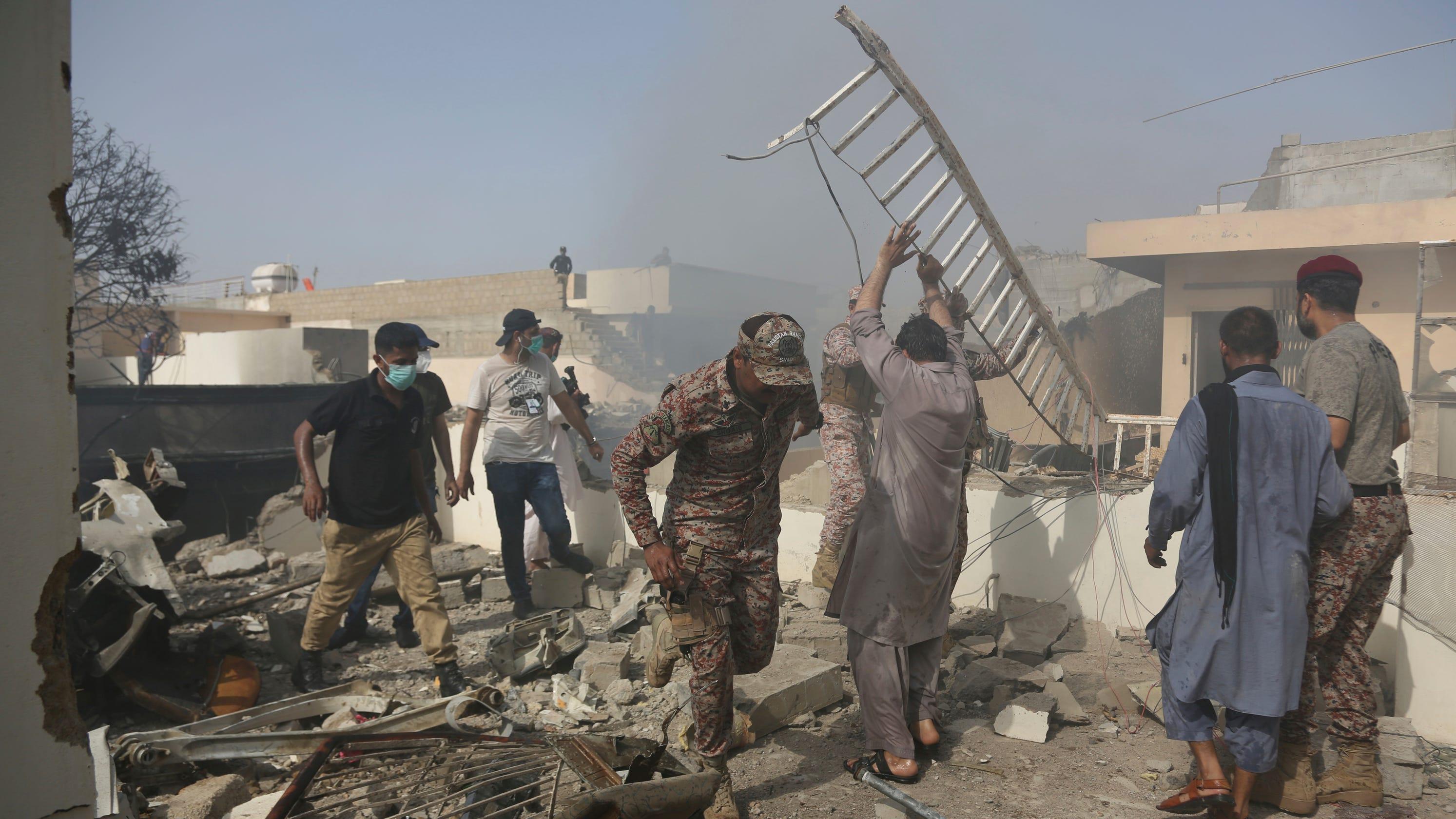 pakistan plane crash - photo #10