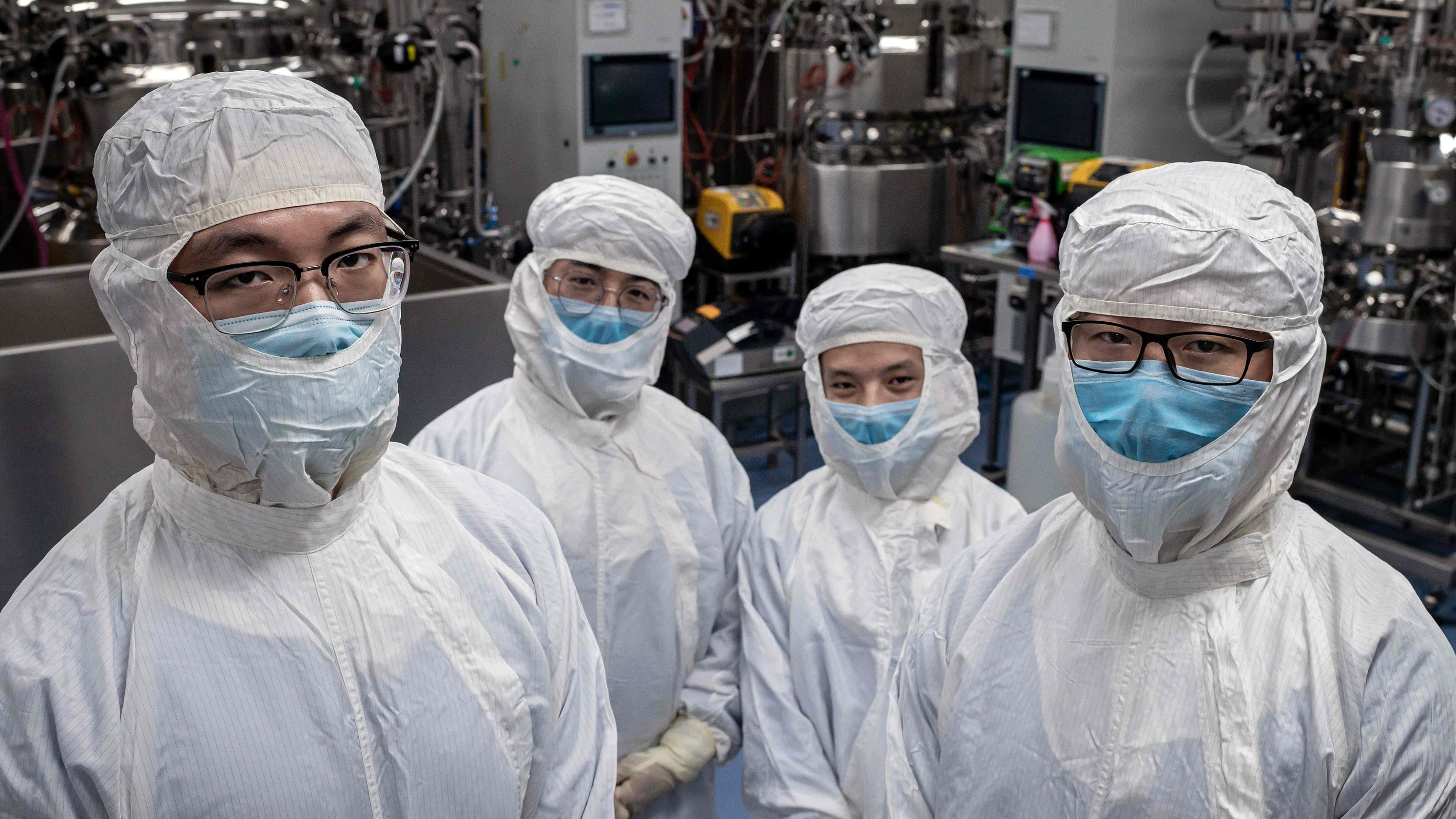 Latest on global search for coronavirus vaccine: Three candidates show early promise thumbnail