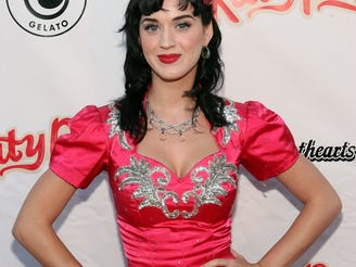"""2008: """"I Kissed a Girl,"""" Katy Perry"""