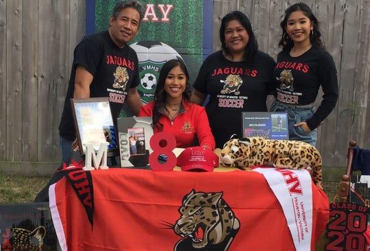 Veterans Memorial's Maricris Albarda signed to play women's college soccer at the University of Houston-Victoria.
