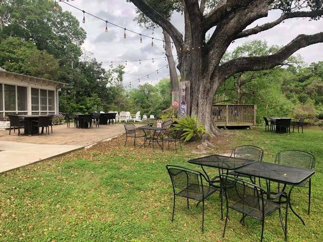 RiverFront in Abbeville is offering outdoor dining options that meet current social distancing and public health guidelines.