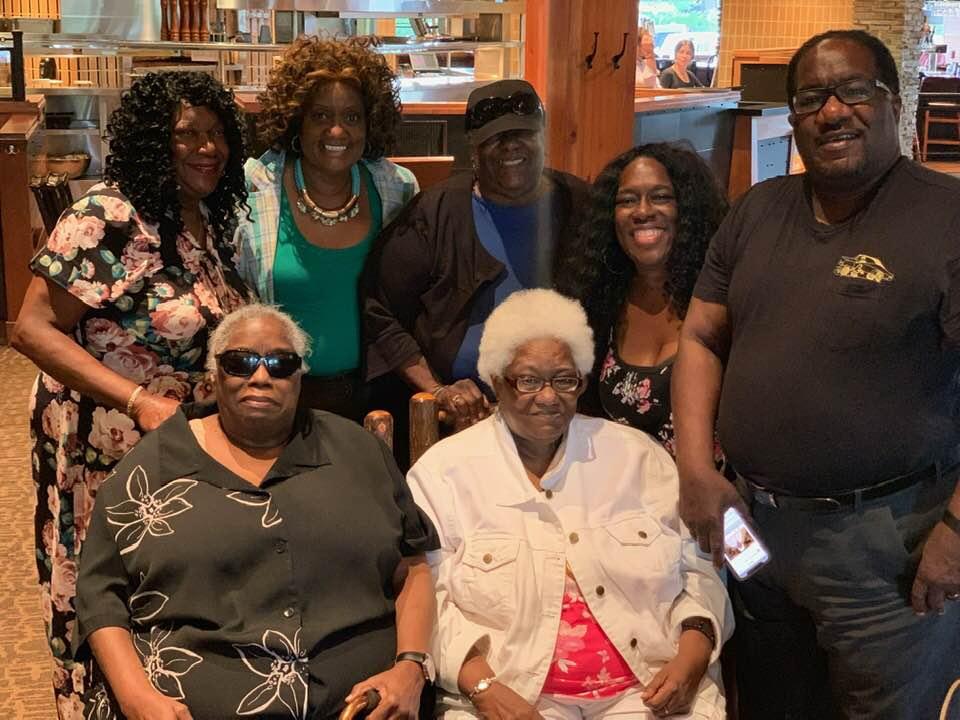 Losing Rhoda: Chicago family struggles over weeks to grieve matriarch,friends taken bythe coronavirus