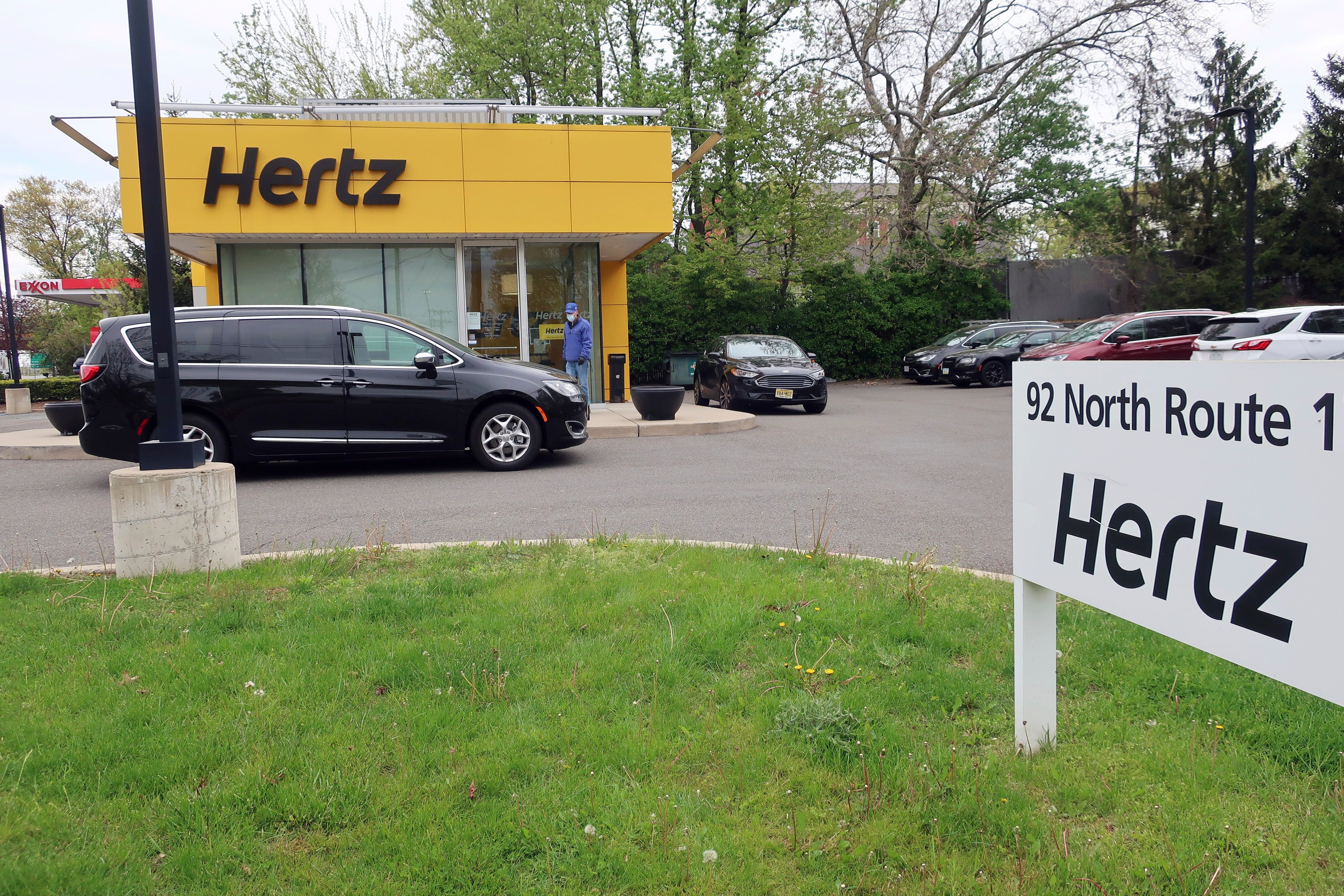 Coronavirus live updates: Trump calls for houses of worship to open; car rental giant Hertz files for bankruptcy