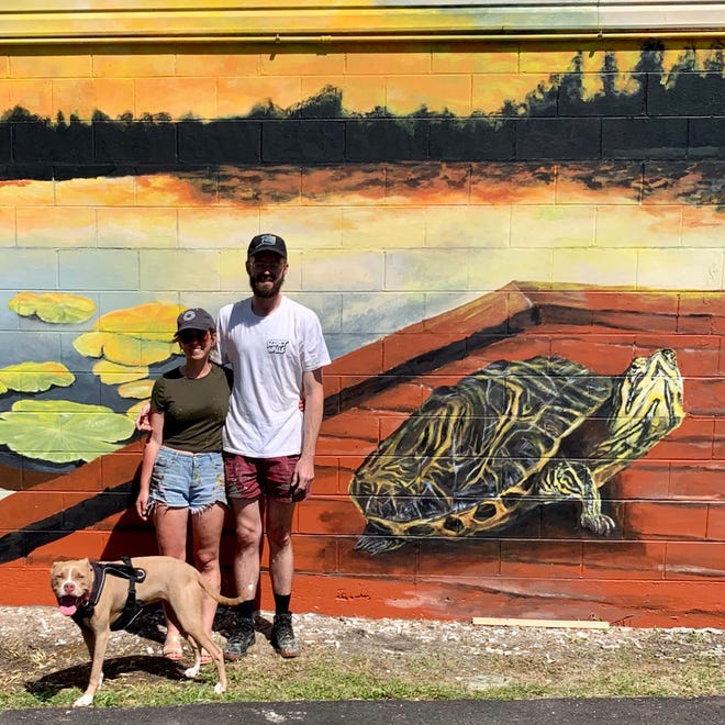 Crow's Corner on Highway 20 chose this moment to breathe new life onto the outside of the Corner's humble exterior with the help of muralists Sarah Painter and her partner Cosby Hayes of SPCH Walls.