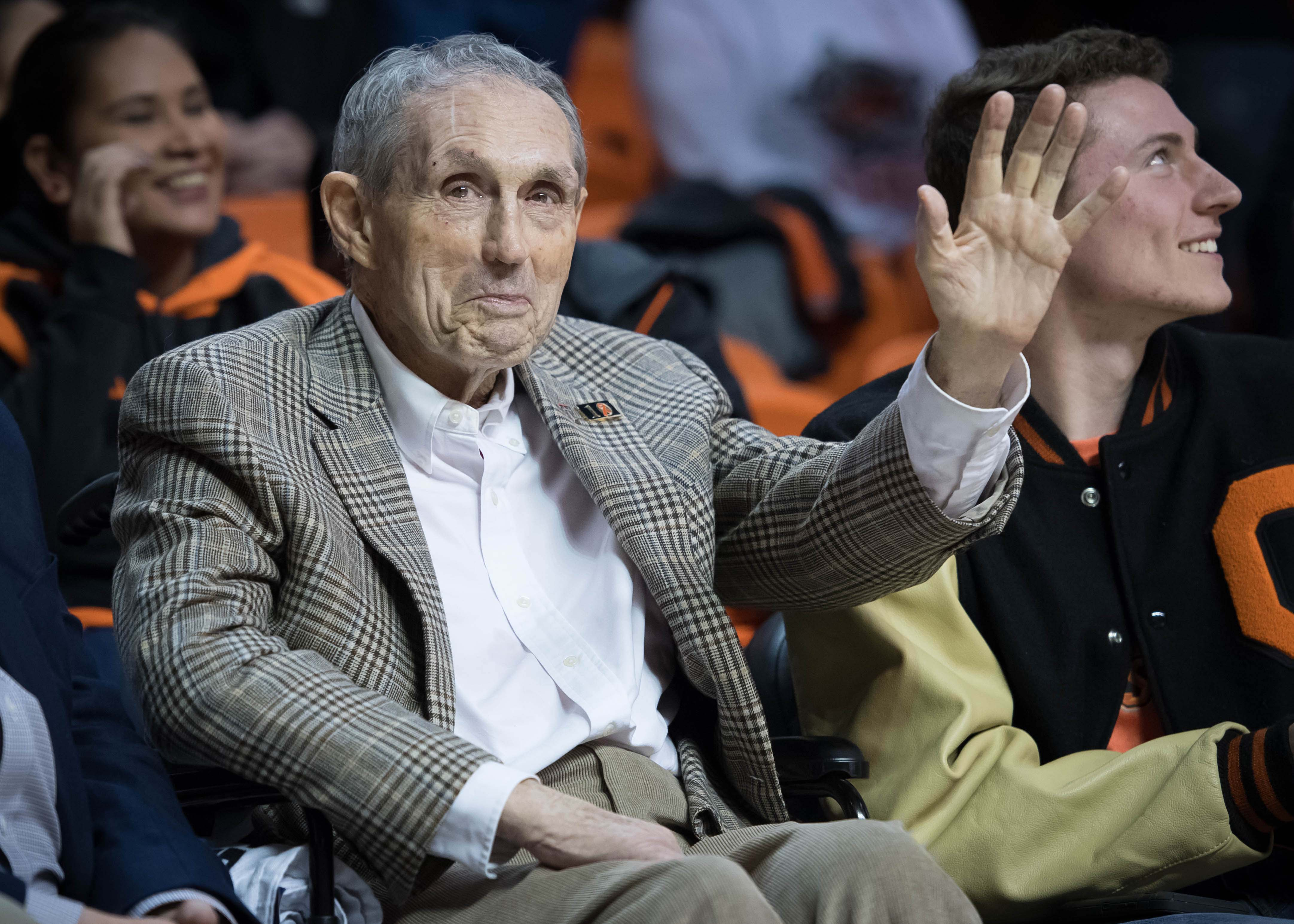 Eddie Sutton: Legendary Oklahoma State coach waited out hall of fame, won that battle, too
